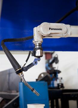 Panasonic-hitsausrobotti
